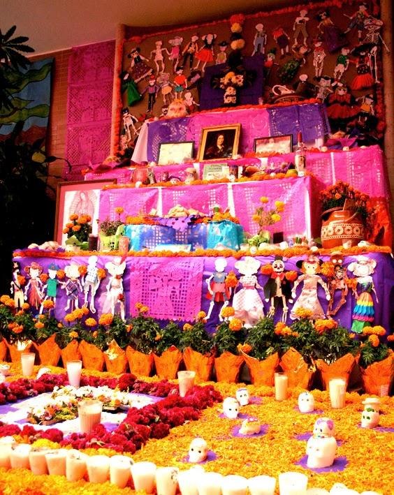 ¿Cómo hacer un altar de Día de Muertos? - Featured Image