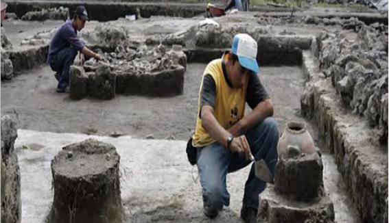 Debajo de las aulas: Los restos aztecas de Campus Sur