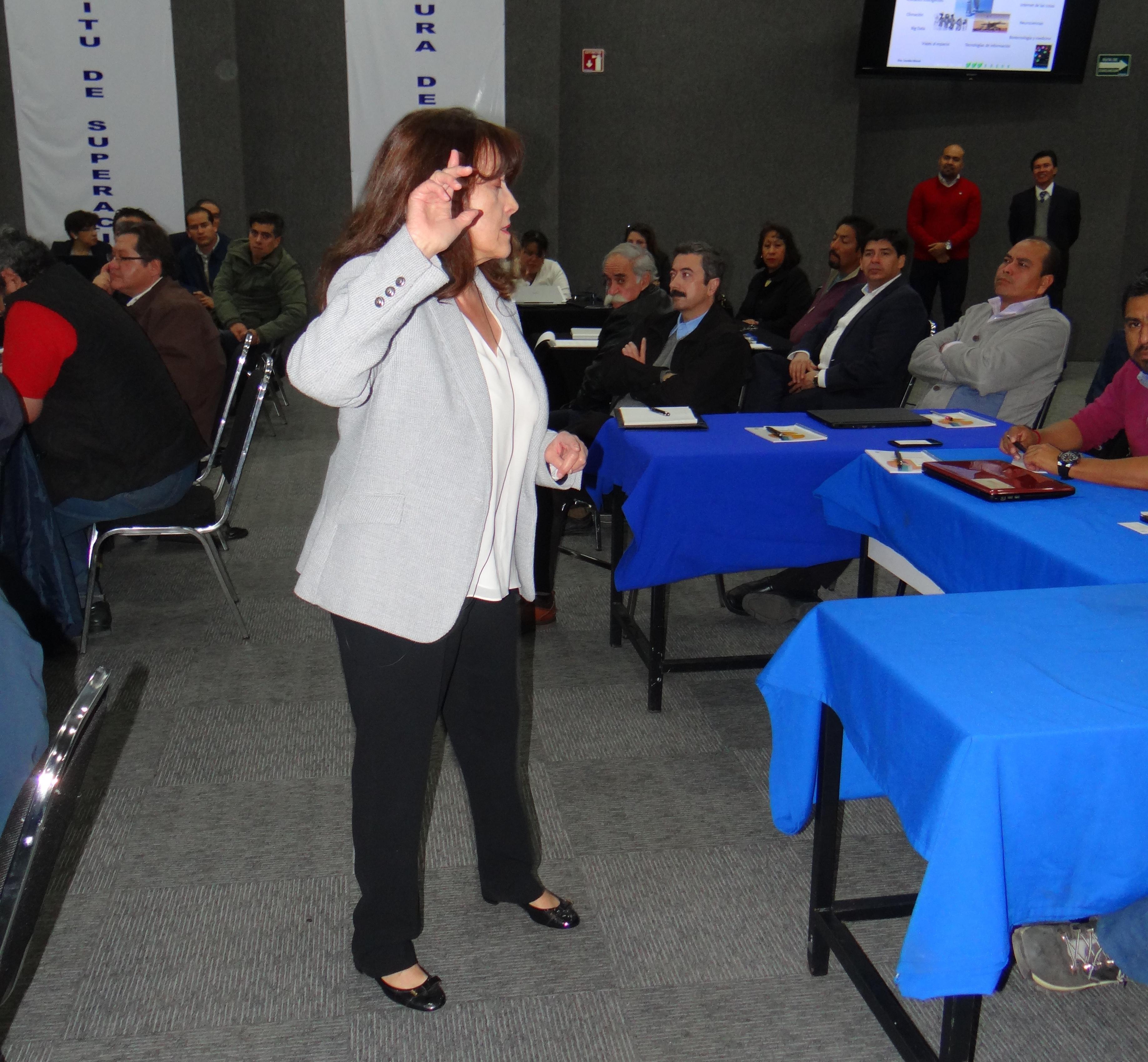 Imparten seminarios sobre el proceso enseñanza-aprendizaje