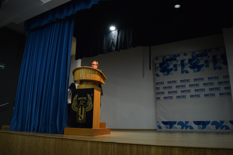 Embajador de Argentina en México dicta conferencia en Campus Sur