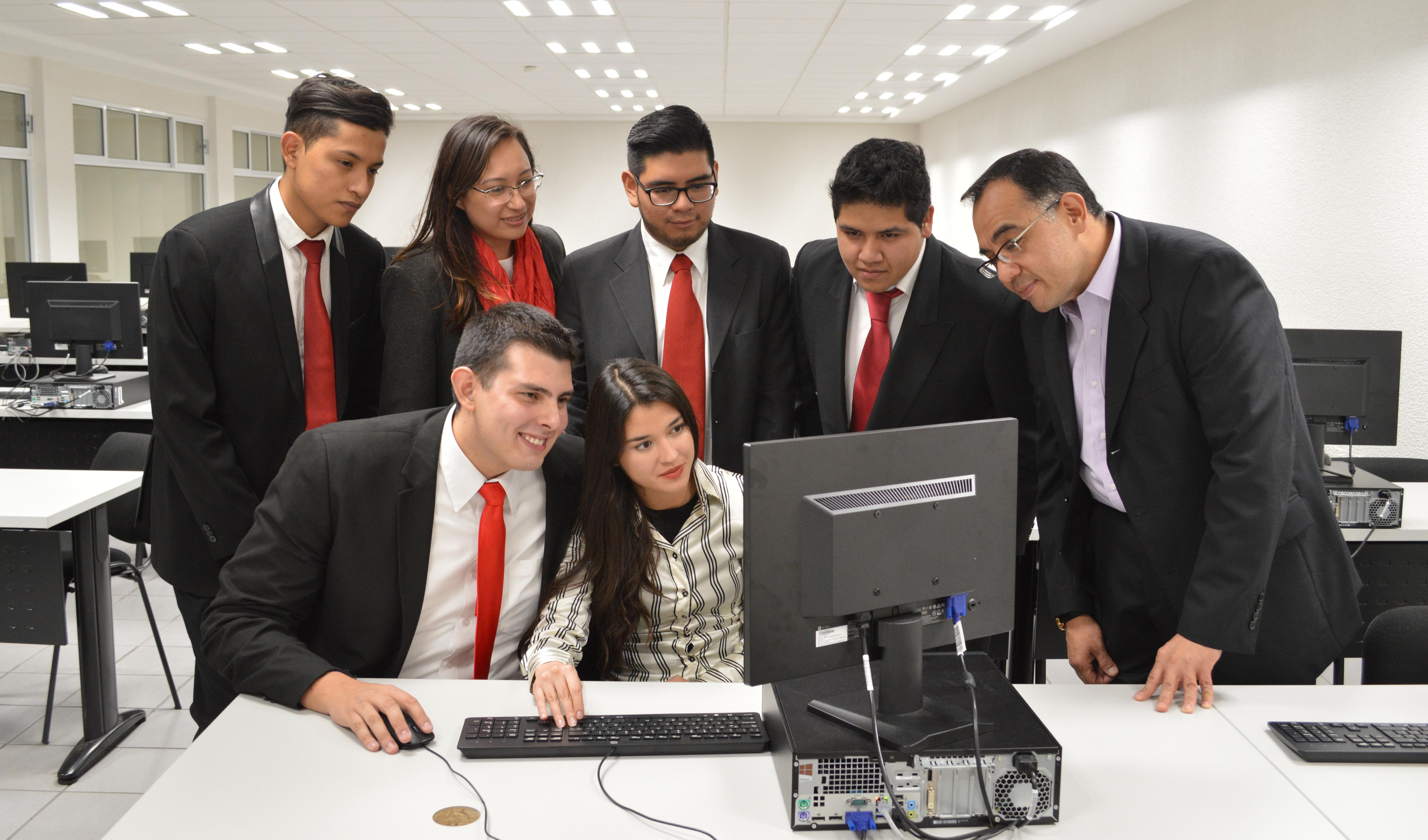 Alumnos de la UNITEC Sur ganan primer lugar en simulador de negocios.jpg
