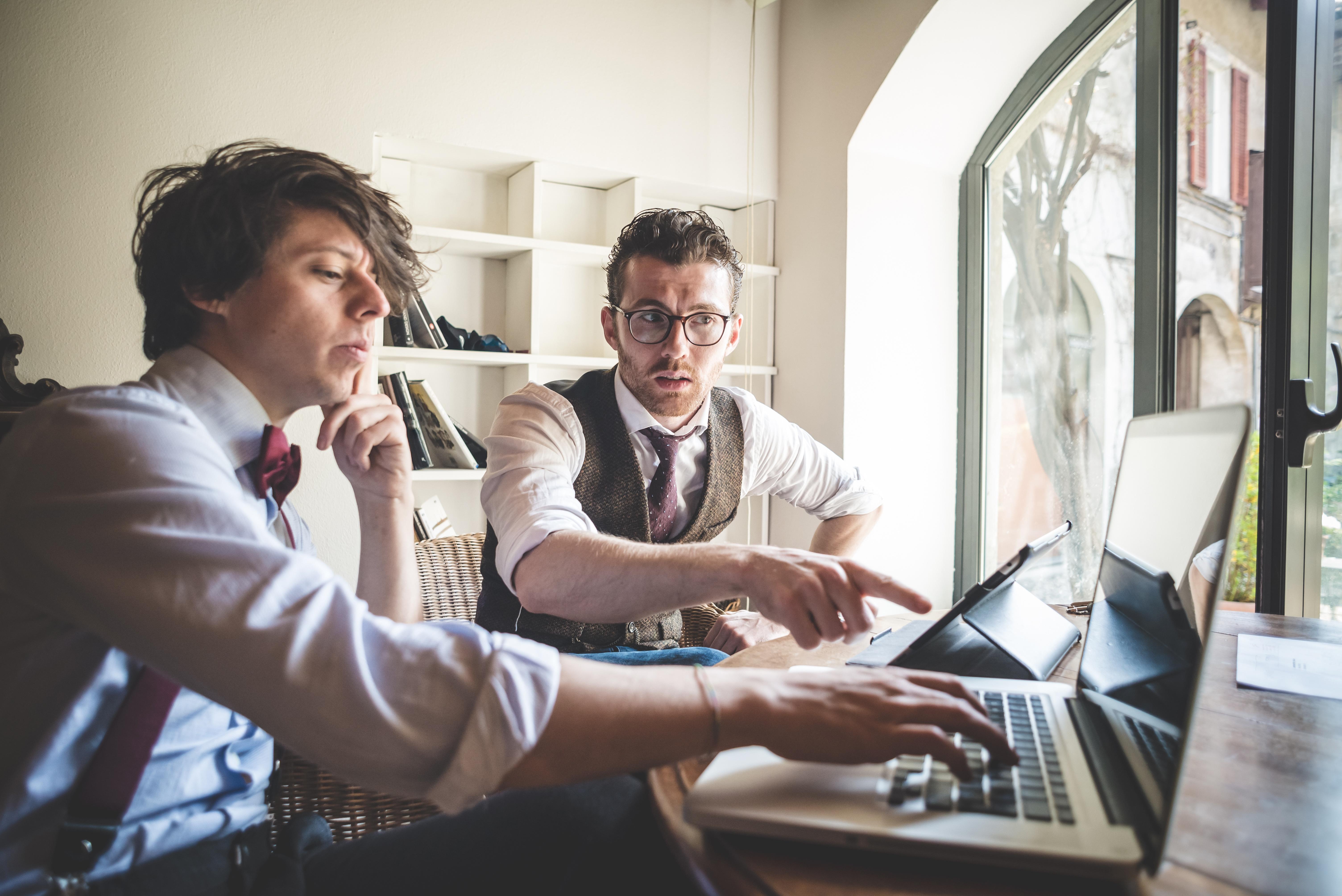 Impulsa tu carrera profesional y estudia una licenciatura ejecutiva - Featured Image