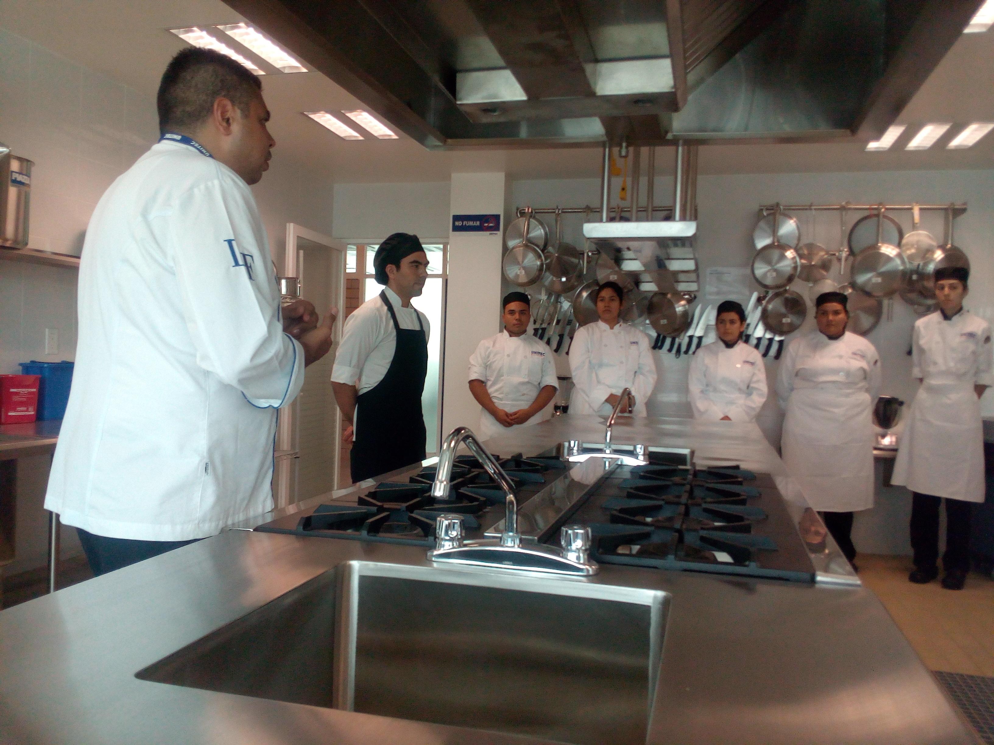 gastronomia-unitec-guadalajara-arranca-con-pie-derecho-1-1.jpg