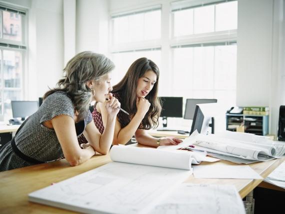 Habilidades que todo administrador de empresas debe dominar - Featured Image