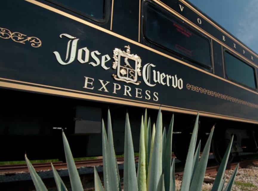 Los trenes del tequila