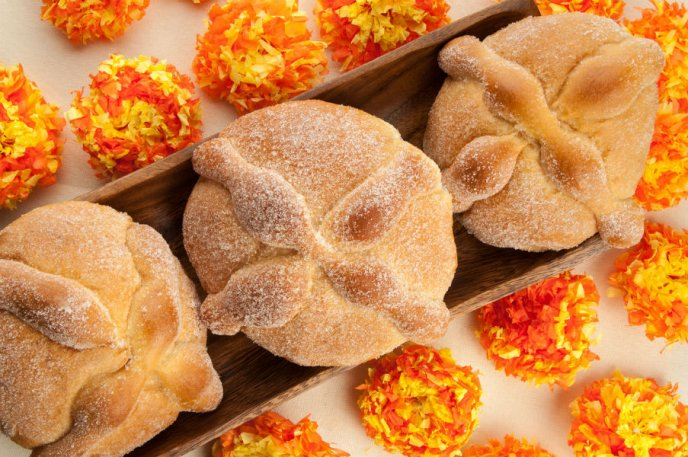 ¿De dónde viene el pan de muerto? - Featured Image