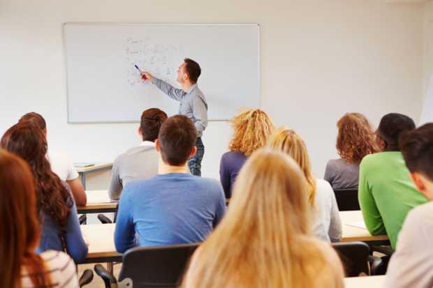 Profesores comprometidos: nuestro pilar en la UNITEC - Featured Image