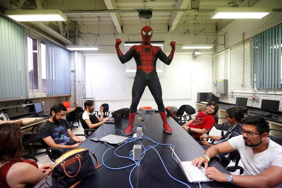 5 profesores que rompieron las reglas e innovaron en el salón de clases - Featured Image