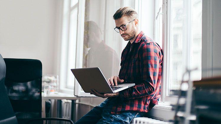 ¿Qué hacer para que un reclutador tome en cuenta tu CV? - Featured Image