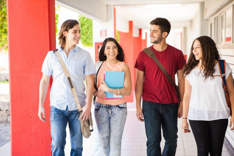 razones-invertir-educacion-universitaria-2-1.jpg