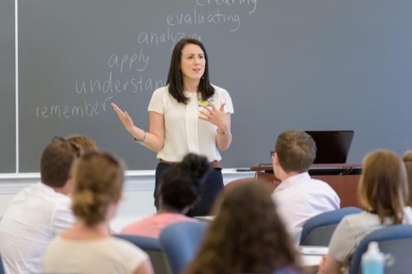 Profesores del futuro: 5 razones para estudiar una Maestría en Educación