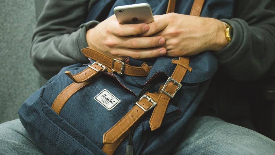 smartphone-destruyendo-relaciones-2.jpg