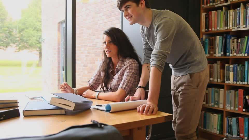 Trabajar y estudiar una maestría: ¿cómo superar el reto? - Featured Image