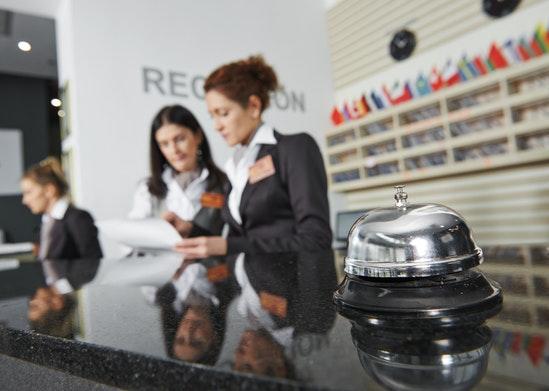 8 trabajos novedosos en la industria de la hospitalidad - Featured Image