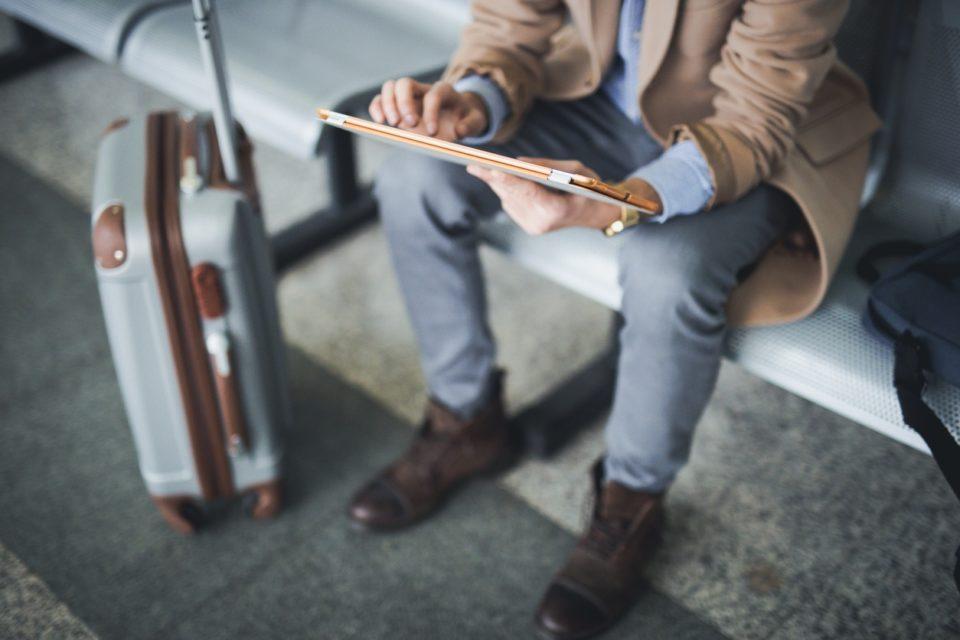 Viajes de negocio largos: algunas recomendaciones - Featured Image