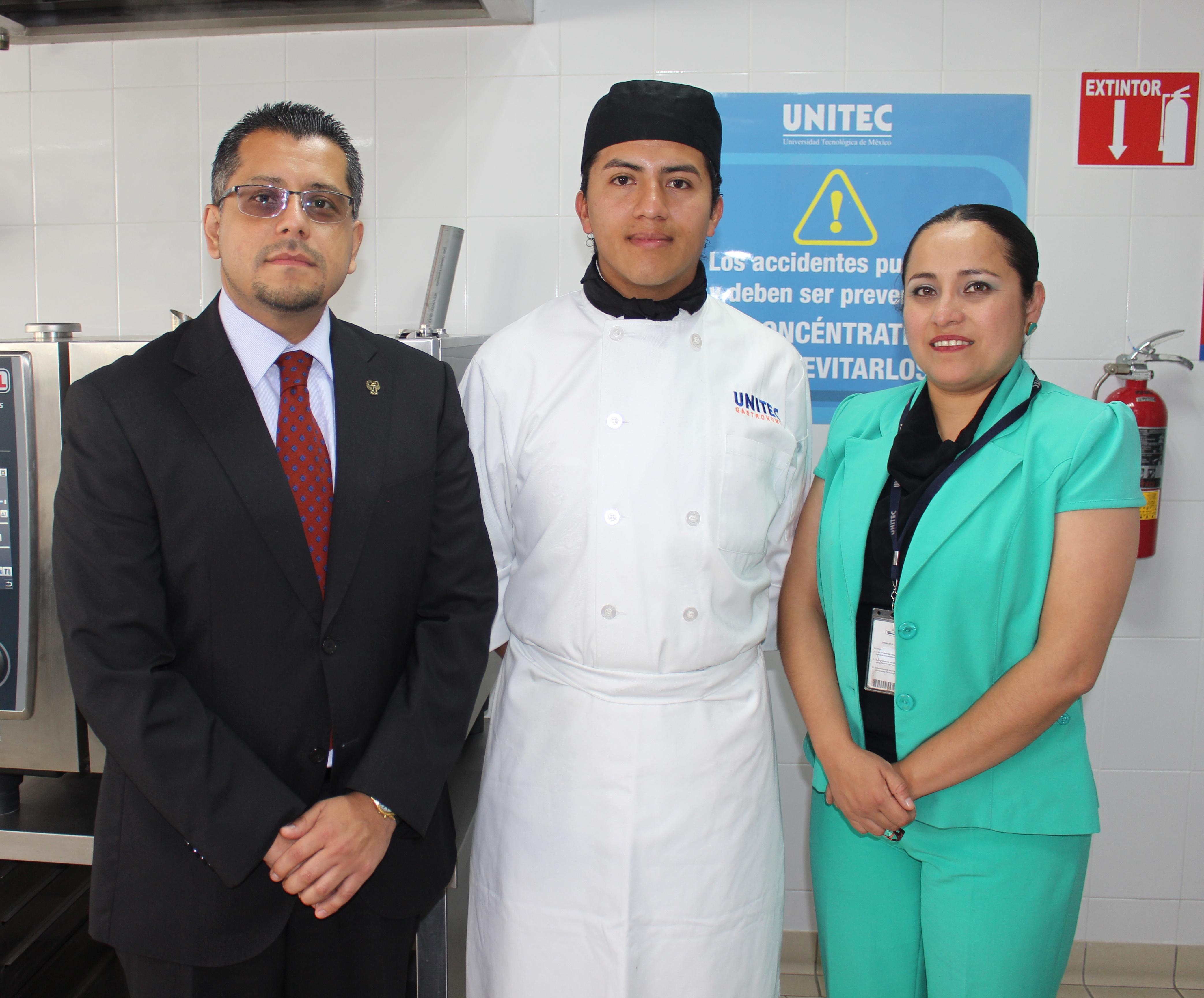 Estudiantes de Gastronomía ganadores de la Beca Richard Sandoval - Featured Image