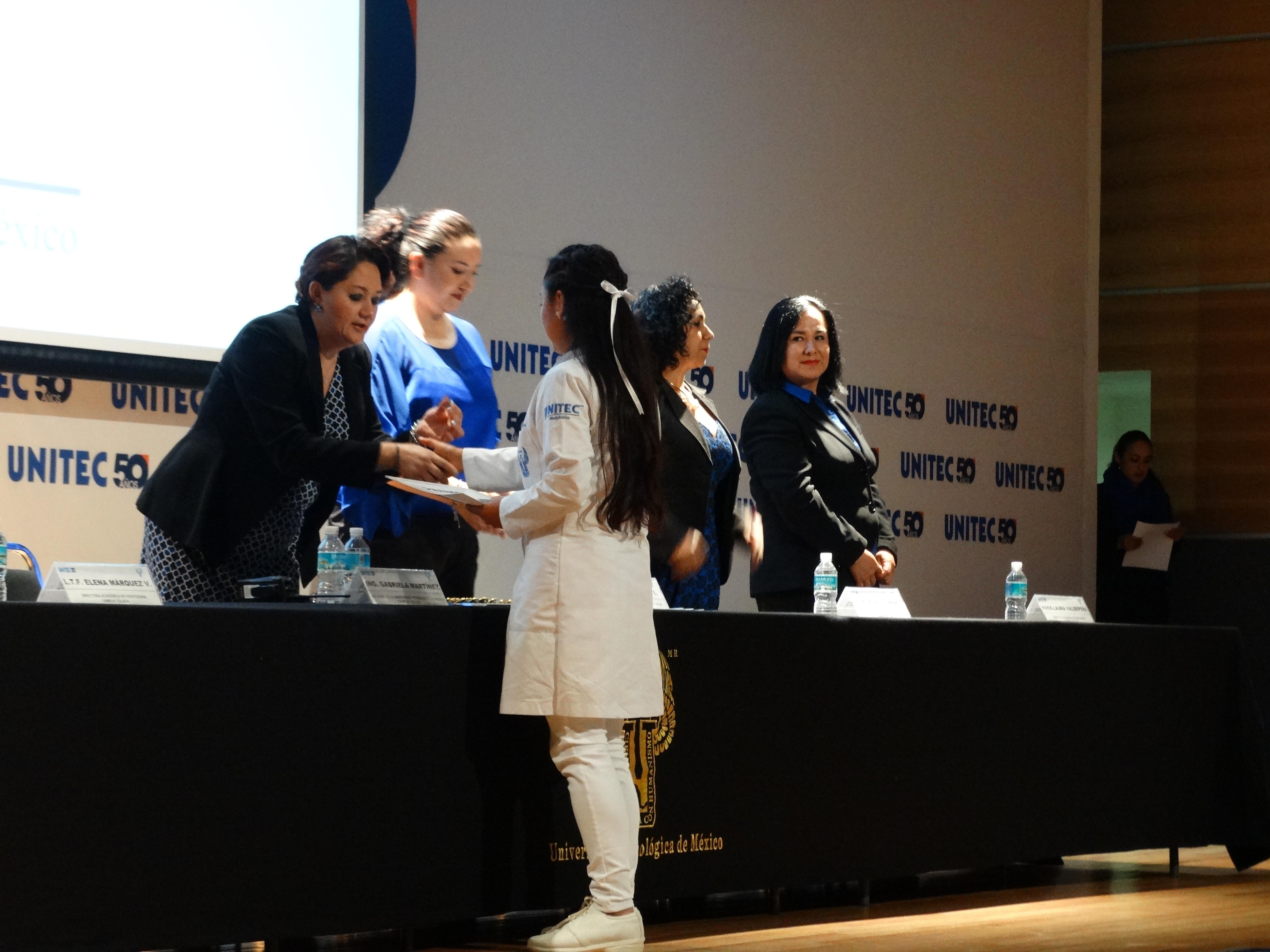 Celebran ceremonia de iniciación de Campos Clínicos en Campus Toluca