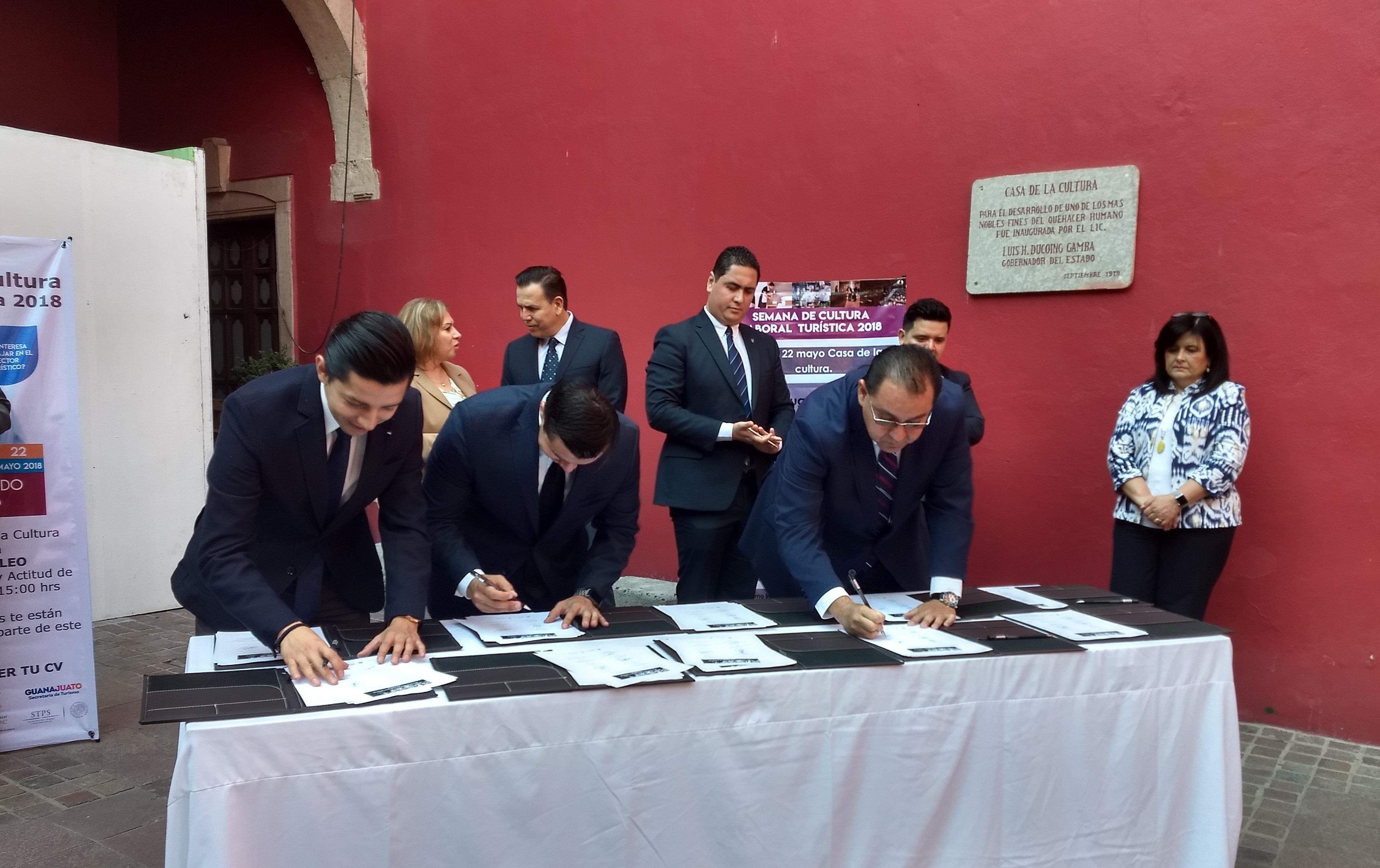 Campus León firma acuerdo de colaboración con el sector turístico - Featured Image