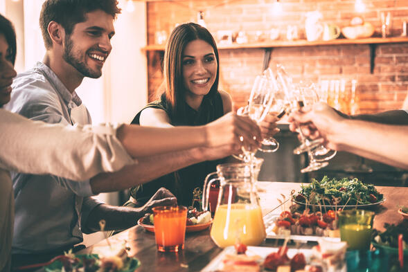 Apartment dinner party tips cheers