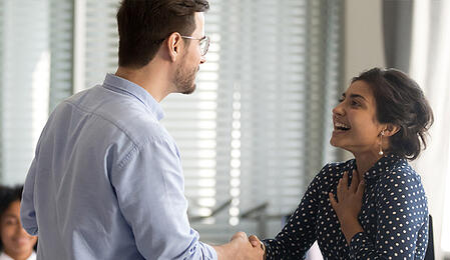 Por qué motivar a tu plantilla con seguros para empleados