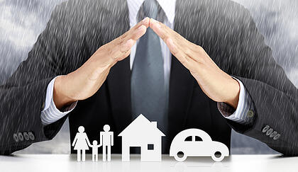 ¿Qué es una correduría de seguros y en qué se diferencia de una aseguradora?