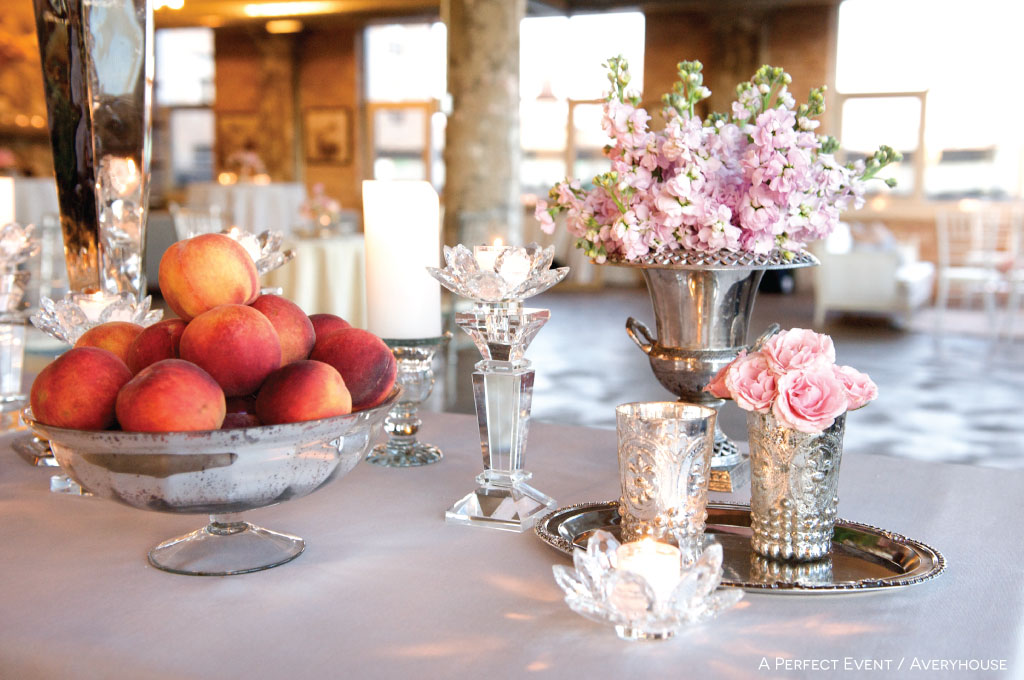 Decorate tables for a brunch wedding