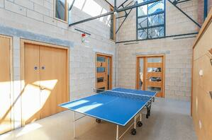 Märraum Architects_Penryn_Warehouse_Studio J table tennis