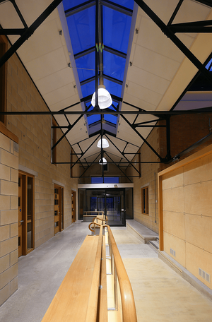 Märraum Architects_Penryn_Warehouse_night entrance internal