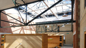Märraum Architects_Penryn_Warehouse_roof structure