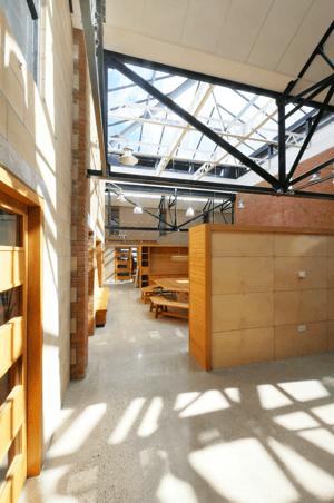 Märraum Architects_Penryn_Warehouse_studio J