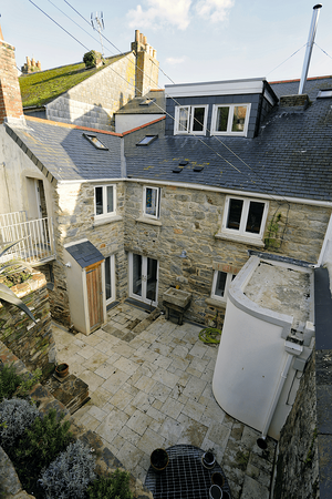 Märraum Architects_Falmouth_full renovation_rear courtyard