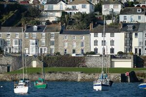 Märraum Architects_Falmouth_full renovation_river