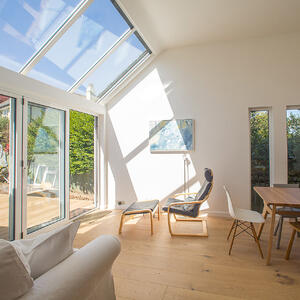 Märraum Architects_Falmouth_Loft extension_dining square