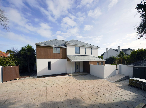 Märraum Architects_Falmouth_full house renovation_external entrance-1