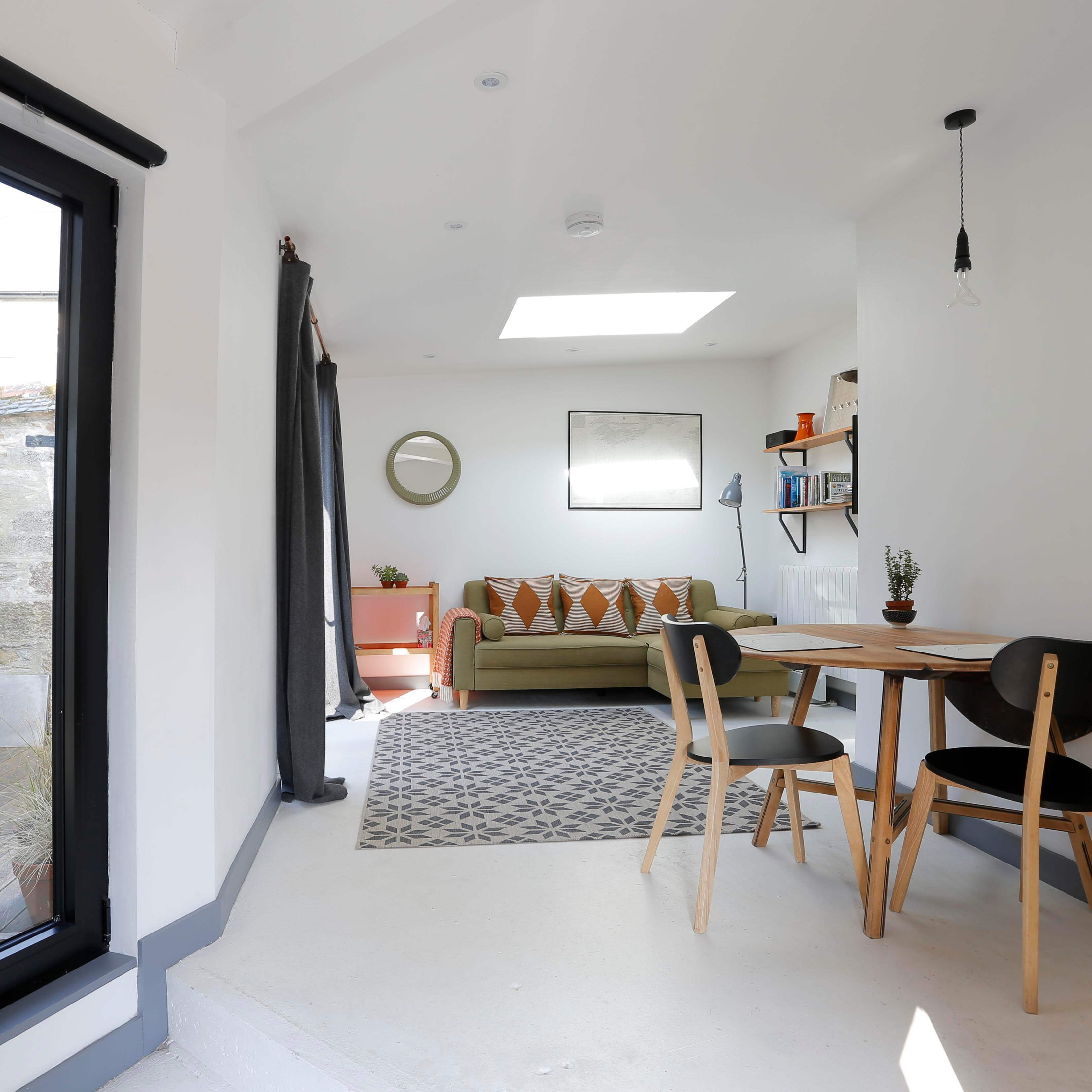 Märraum Architects_Falmouth_Garage conversion_living square
