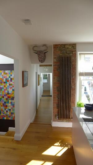 Märraum Architects_Falmouth_Town house renovation_full hieght radiator