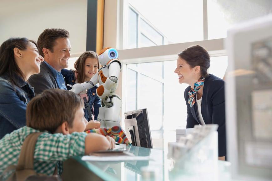 Robot NAO para el mercado y promocionar los servicios y productos de los negocios.jpg