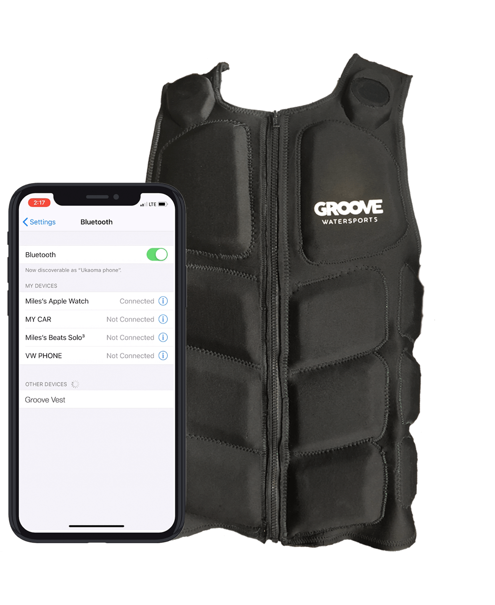 Groove-wastersports-vest-with-phone