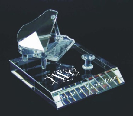 A_Crystal_Engraved_Grand_Piano