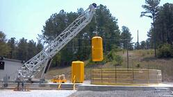 Escape Hoist with Luffing Boom Lowering