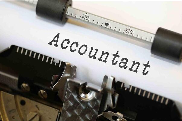accountant (2)