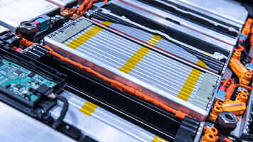 cellule-module-batterie-vehicule-electrique-criteres-choix-isolant-electrique