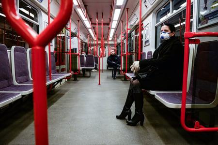 NYC Subway to Utilize UV Light Against Coronavirus