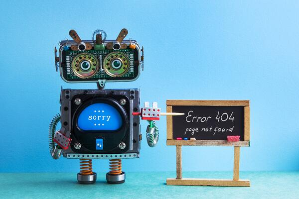 404-error-page-not-found-robot-teacher-with-SL9TR32