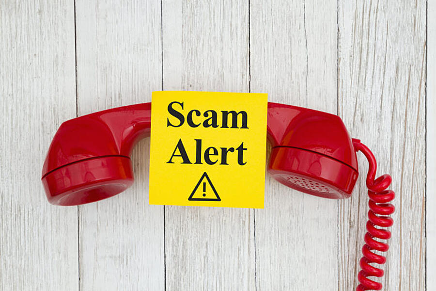 bigstock-Scam-Alert-Message-On-Sticky-N-293022307-768x512