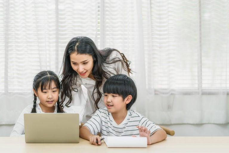 bigstock-Young-Asian-Single-Mother-Teac-353588699-768x512