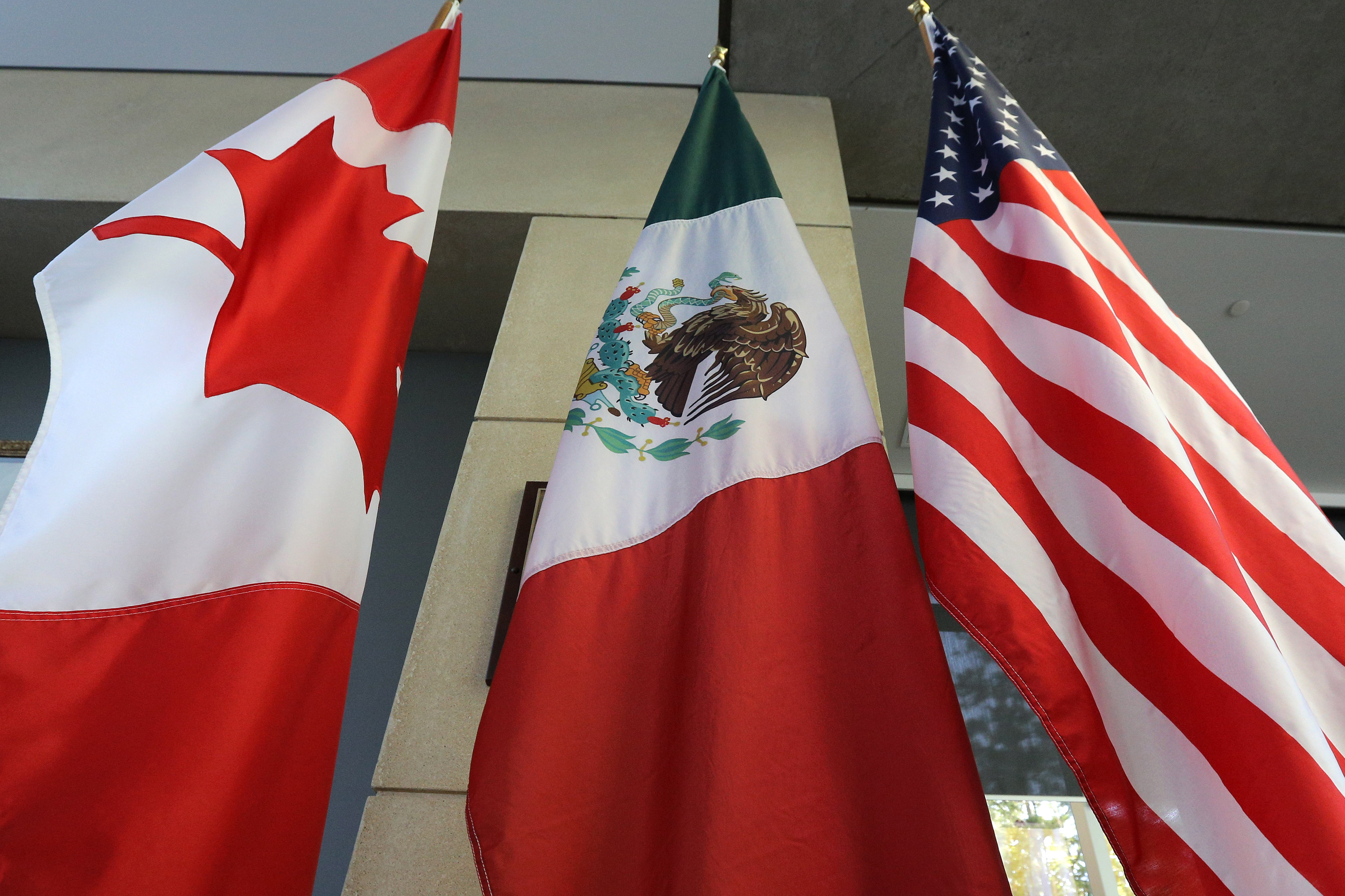 nafta-flags.jpg