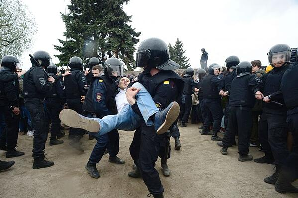 russia-protests-june-navalny.jpg