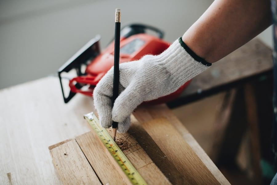 builder-building-carpenter-1573829