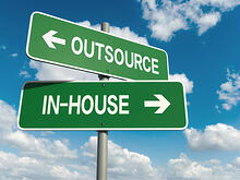 outsoure_inhouse